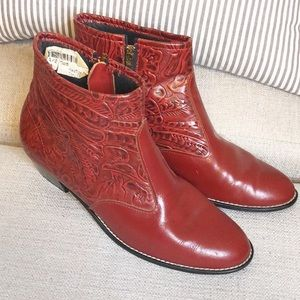 Vintage red tooled leather ankle boots sz 7 1/2